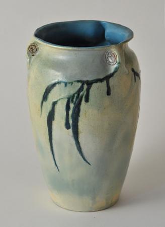 WBG-Vase-2_view1.jpg