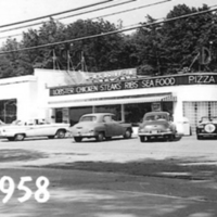17 HiWay Pharmacy and DD's Drive In on 9W- 1958 450px.jpg