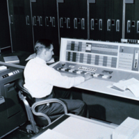 16 IBM System 7090 1965 Weather Bureau 450 px.jpg